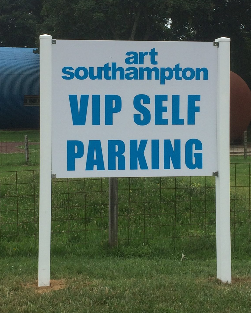 Hamptons Event Signage